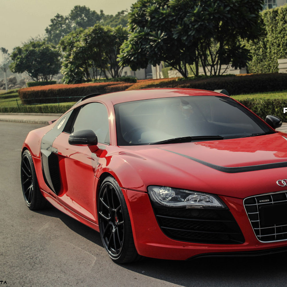 Audi R8 Black And Red Rims