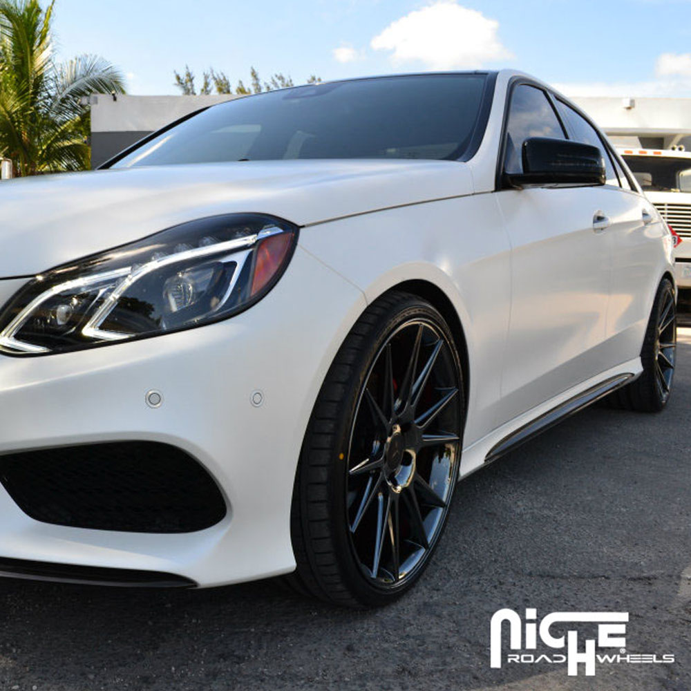 Watch furthermore Fancy Widebody Mercedes Gle Coupe Try also 1762561 2006 Ml350 Fuel Pump Relay Location in addition Staying The Course Chandra Kenzos Mercedes Benz E250 additionally E Klasse T Modell Br213 Rendering. on 2014 mercedes benz e350 wagon